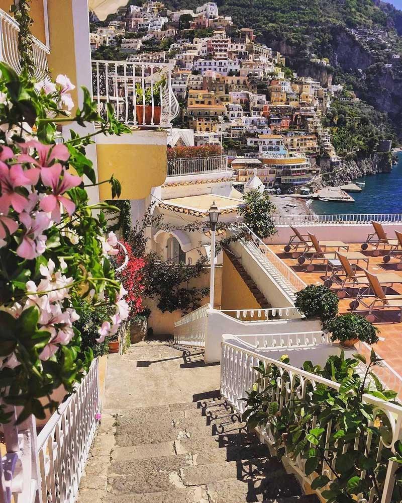 Calles y escaleras en Positano